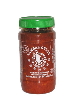 Ground Chilli Paste (!!!!Sambal Oelek!!!!) with Extra Garlic 245g - FLYING GOOSE