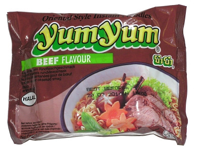 Instant Noodles - Beef Flavour - YUM YUM