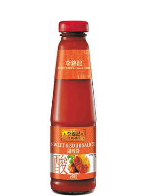 Sweet & Sour Sauce - LEE KUM KEE ***CLEARANCE (best before: 03/08/20)***